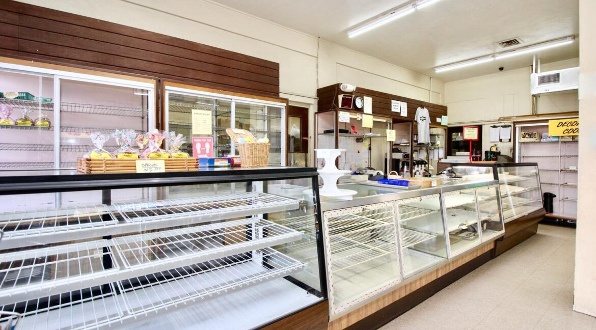 451022-Kamehameha-Hwy-large-010-004-The-Bakery-Counters-1459x1000-72dpi